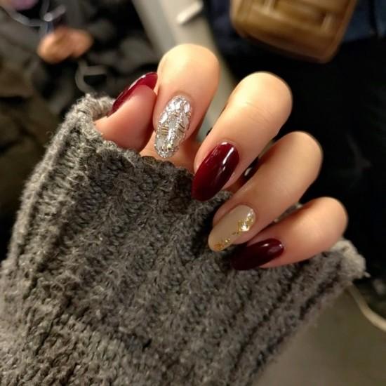 Луксозни изкуствени нокти за маникюр за изящни и стилни дами - модел NK015