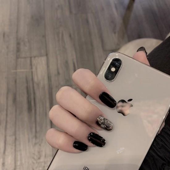 Луксозни изкуствени нокти за маникюр за изящни и стилни дами - модел NK016