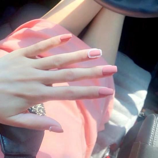 Луксозни изкуствени нокти за маникюр за изящни и стилни дами - модел NK002