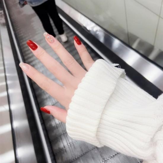 Луксозни изкуствени нокти за маникюр за изящни и стилни дами - модел NK029