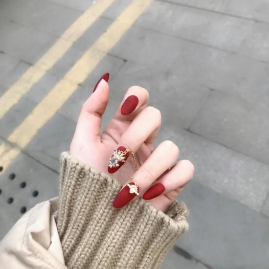 Луксозни изкуствени нокти за маникюр за изящни и стилни дами - модел NK032