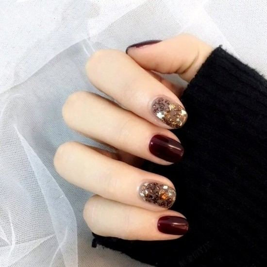 Луксозни изкуствени нокти за маникюр за изящни и стилни дами - модел NK034