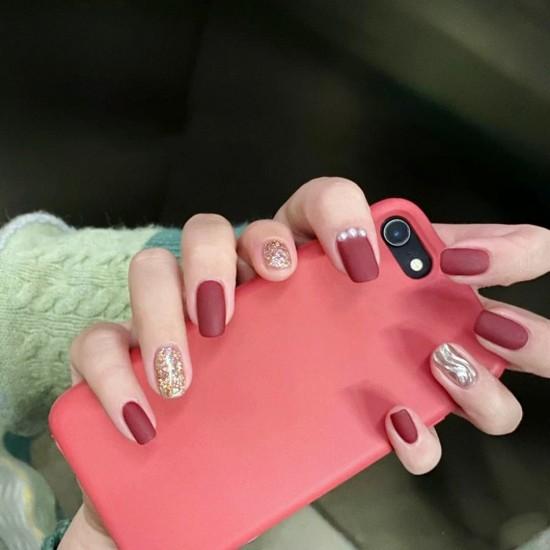 Луксозни изкуствени нокти за маникюр за изящни и стилни дами - модел NK006