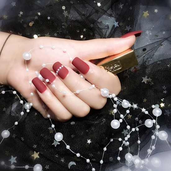 Луксозни изкуствени нокти за маникюр за изящни и стилни дами - модел NK001