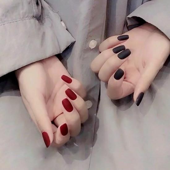 Луксозни изкуствени нокти за маникюр за изящни и стилни дами - модел NK004