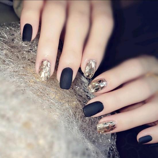 Луксозни изкуствени нокти за маникюр за изящни и стилни дами - модел NK008