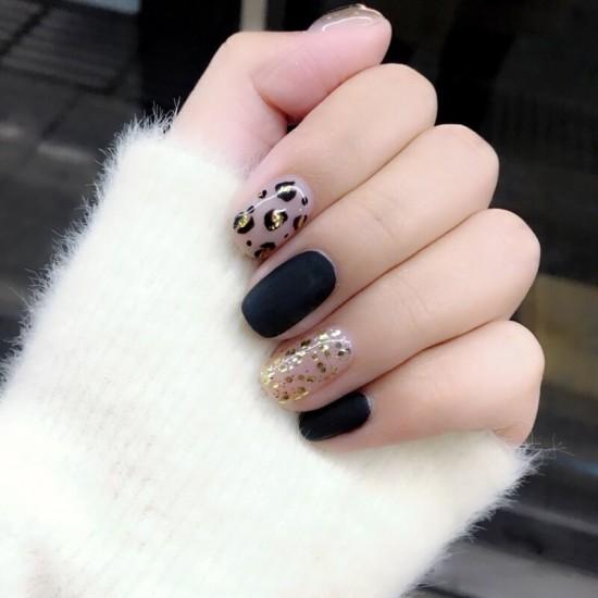Луксозни изкуствени нокти за маникюр за изящни и стилни дами - модел NK018