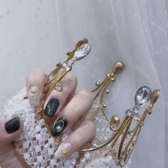 Луксозни изкуствени нокти за маникюр за изящни и стилни дами - модел NK019
