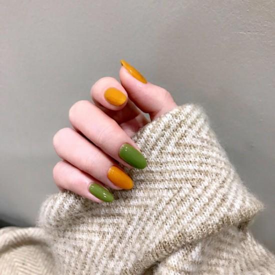 Луксозни изкуствени нокти за маникюр за изящни и стилни дами - модел NK026