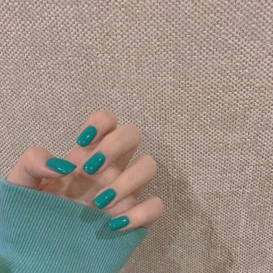 Луксозни изкуствени нокти за маникюр за изящни и стилни дами - модел NK031