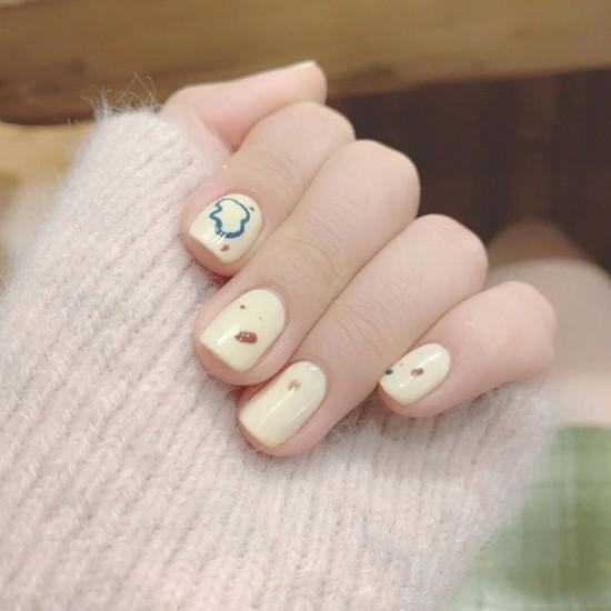 Луксозни изкуствени нокти за маникюр за изящни и стилни дами - модел NK046