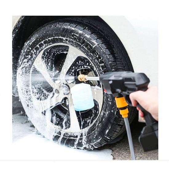 Електрическа водоструйка с високо налагяне за почистване на автомобили