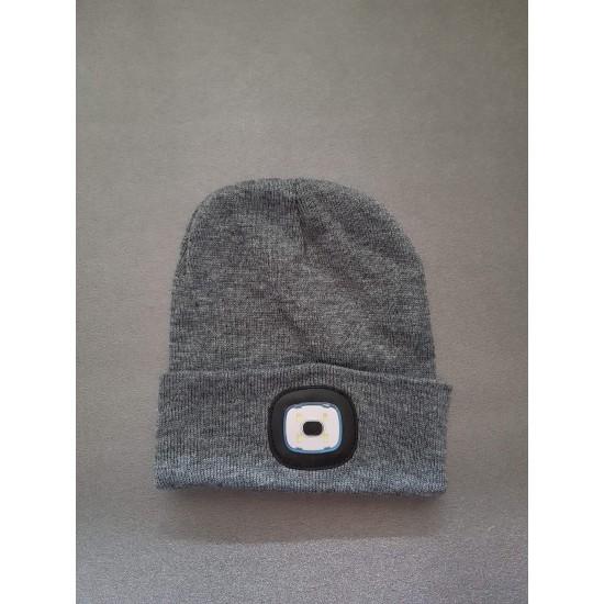 Зимна шапка с вградено LED осветление с USB зареждане
